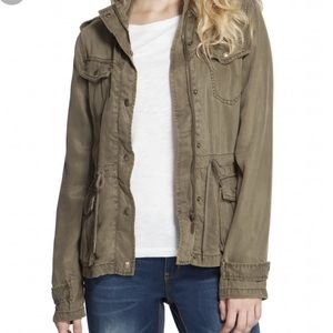 Max Jeans army green utility jacket 🥑